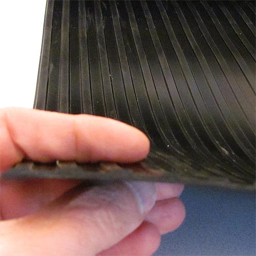 Gummiläufer Breitrillen 3 mm