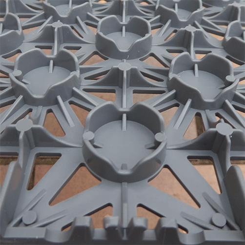 Unterseite der Steckfliesen Classic, für Wasserableitung