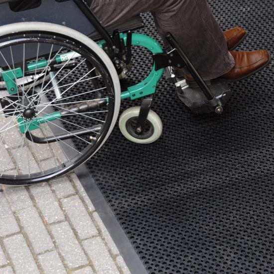 Schmutzfangmatte Ringgummimatte mit Umrandung Rollstuhl